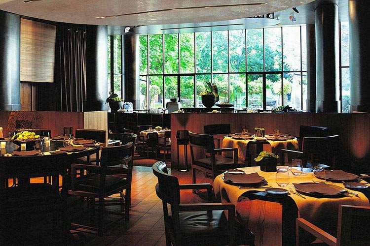 Bar and Restaurant - Bulgari Milano - Mailand