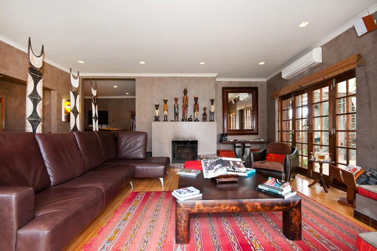 Living Room - Singa Lodge - Port Elizabeth
