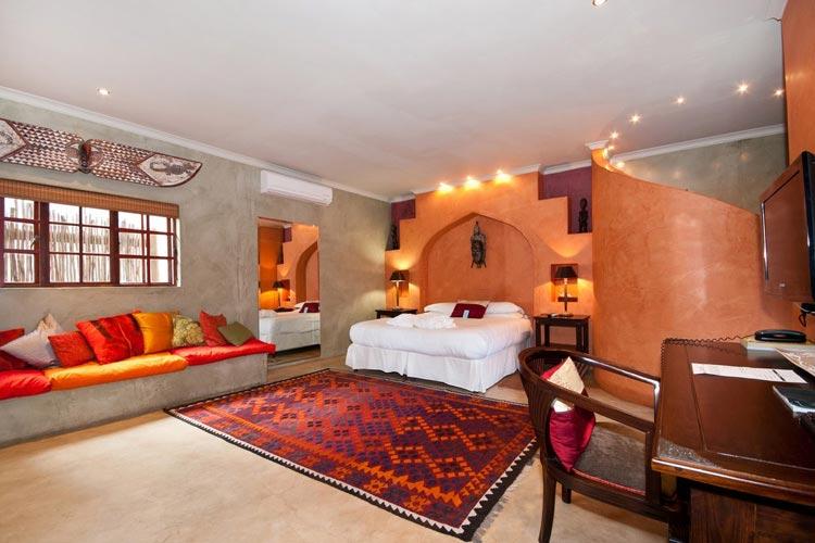Luxury Suite - Singa Lodge - Port Elizabeth