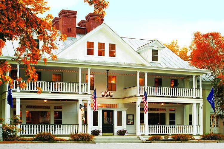 Facade - The Pitcher Inn - Warren