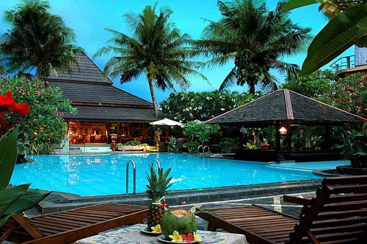 Dusun jogja village inn ein boutiquehotel in java for Jogja plaza hotel swimming pool