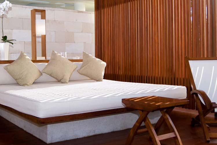 Single Pavilion Day Bed - The Balé - Nusa Dua