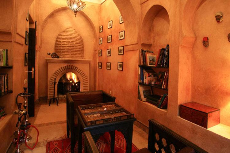 Library - Dar Les Cigognes - Marrakech