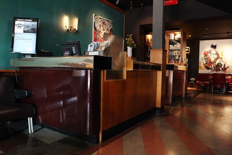 Lobby Lounge - Drake Hotel - Toronto