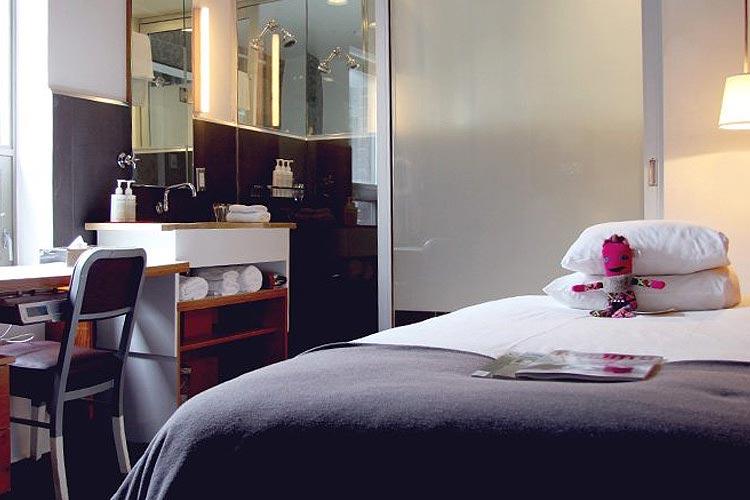 Solo Room - Drake Hotel - Toronto