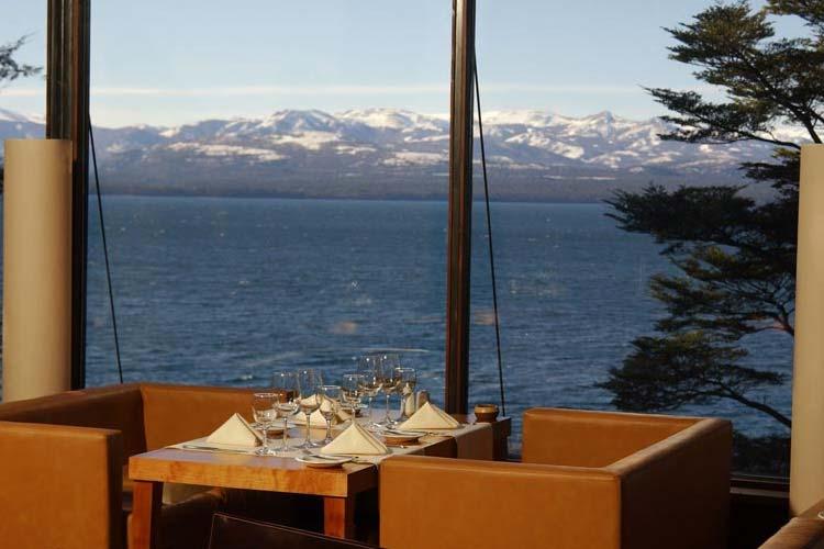 Restaurant Views - Design Suites Bariloche - San Carlos de Bariloche