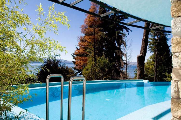 Outdoor Pool - Design Suites Bariloche - San Carlos de Bariloche
