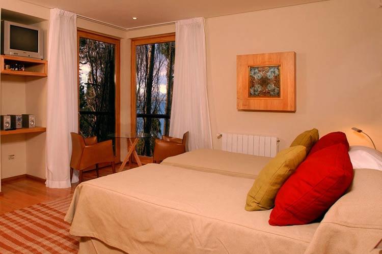 Standard Room - Design Suites Bariloche - San Carlos de Bariloche