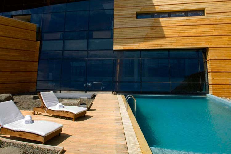 Outdoor Pool - Design Suites Calafate - El Calafate