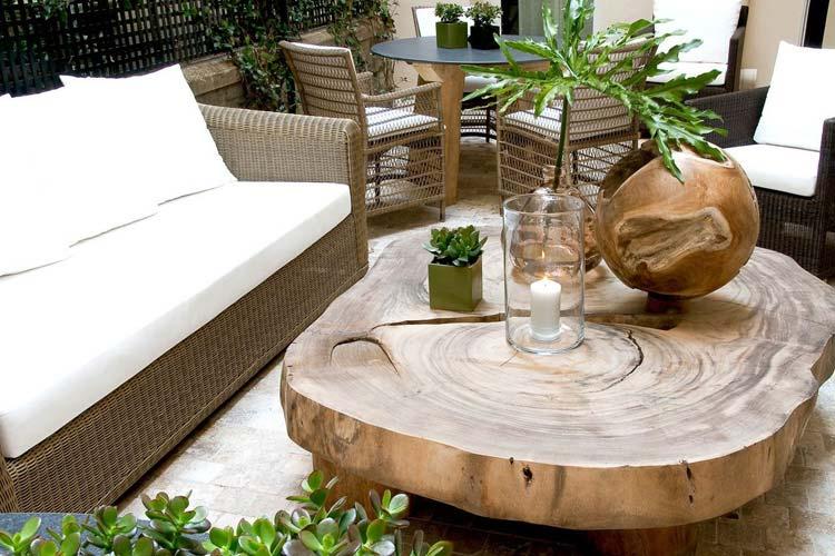 Courtyard - Hotel Recamier - Paris