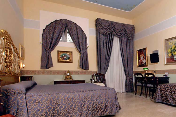 Art Room - Art Hotel Galleria Umberto - Neapel