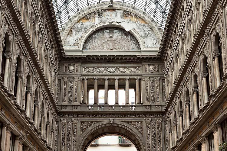 Galleria Umberto I - Art Hotel Galleria Umberto - Neapel