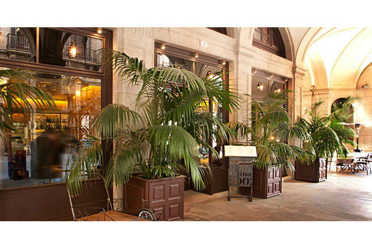 Facade - Hotel DO: Plaça Reial - Barcelona