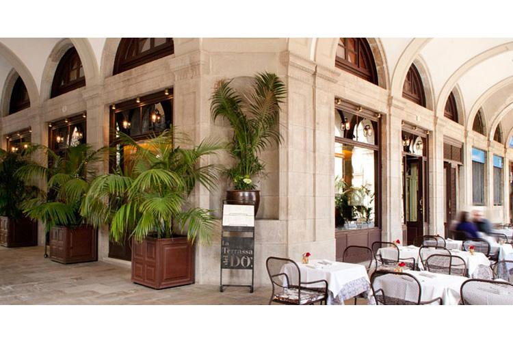 Exteriors - Hotel DO: Plaça Reial - Barcelona