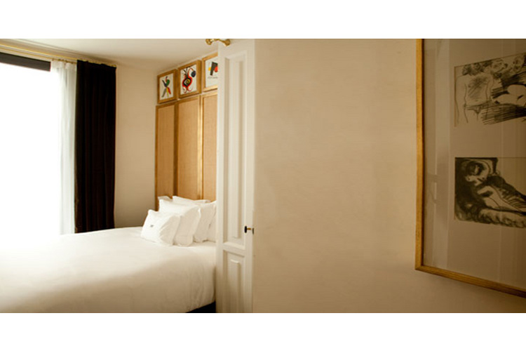 Individual Room - Hotel DO: Plaça Reial - Barcelona
