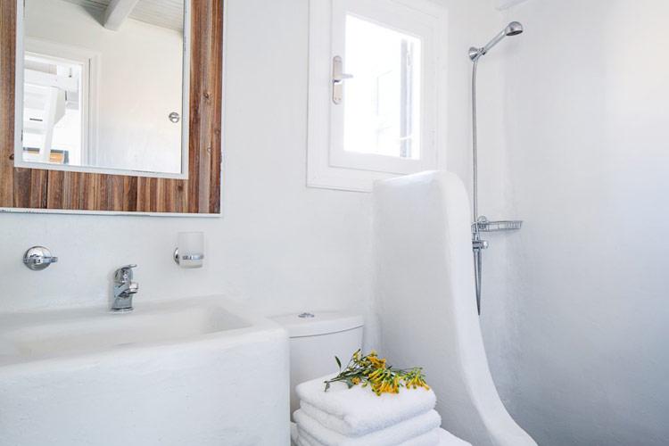 Bathroom - Almyra Guest Houses - GREECE