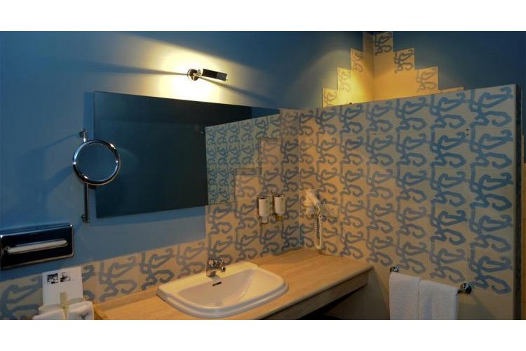 Double-Room-Bathroom - Mas Falgarona - Costa Brava