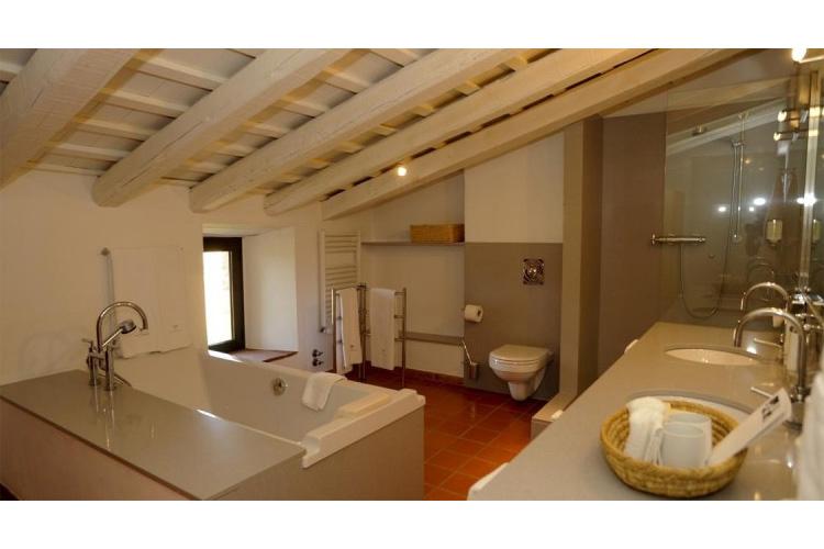 Bathroom - Mas Falgarona - Costa Brava