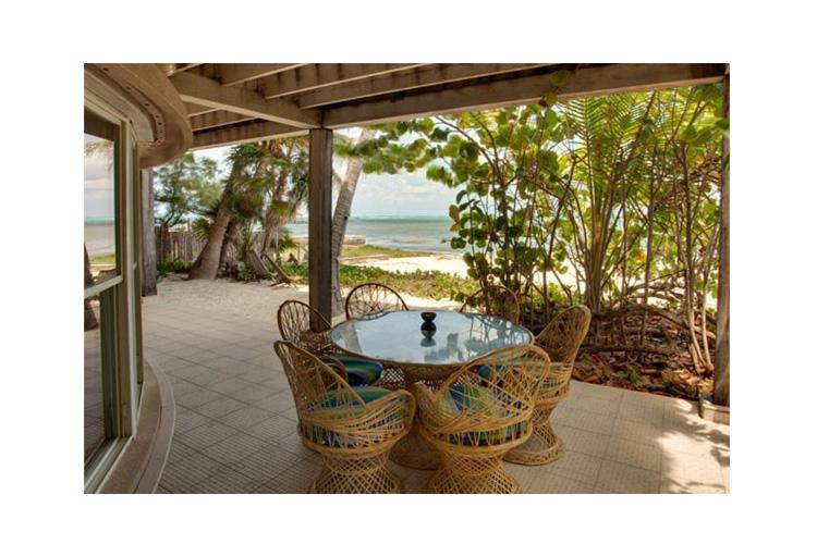 Private Terrace - Xanadu Island Resort Belize - San Pedro