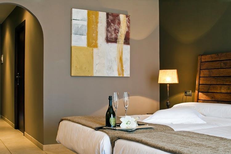 Hotel swiss moraira un hotel boutique en costa blanca for Small great hotels