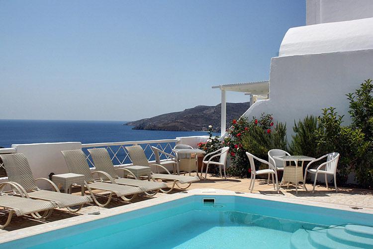 Swimming Pool - Tholaria Boutique Hotel - GREECE