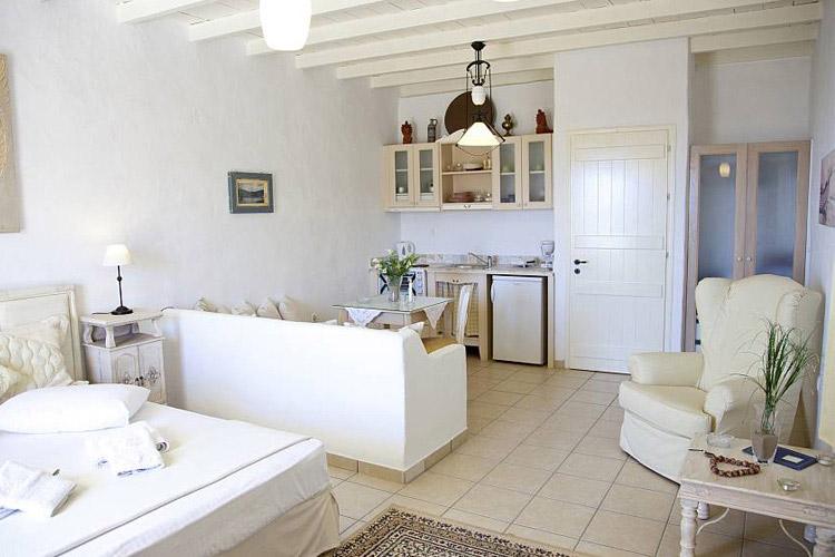 Luxury Studio Castelano - Tholaria Boutique Hotel - GREECE