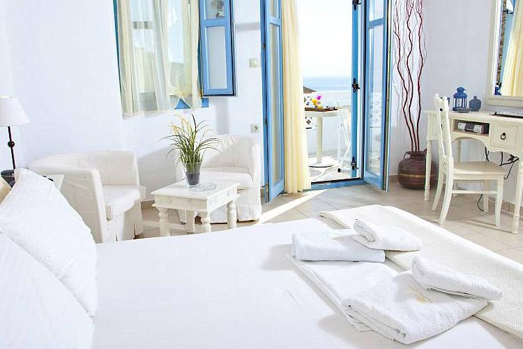 Spa Suite Imerovigli - Tholaria Boutique Hotel - GREECE