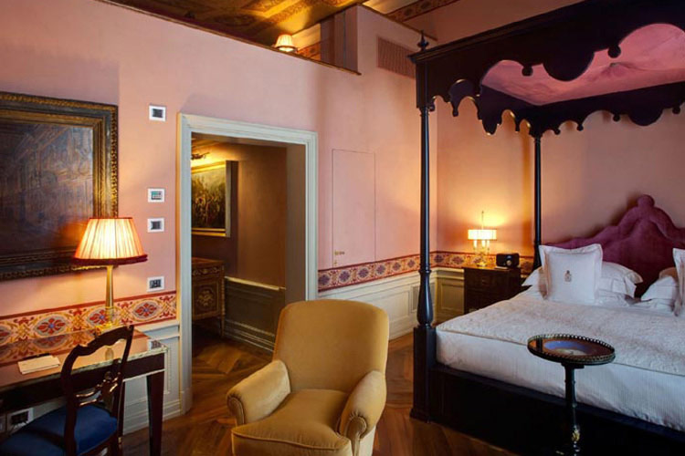 Grand hotel villa cora a boutique hotel in florence for 5 star hotels in florence with swimming pool