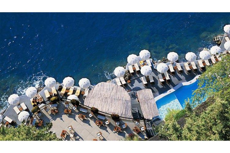 Aereal View of the Swimming Pool - Hotel Santa Caterina - Amalfiküste