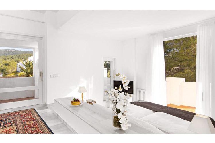 hotel village ibiza ein boutiquehotel in ibiza. Black Bedroom Furniture Sets. Home Design Ideas