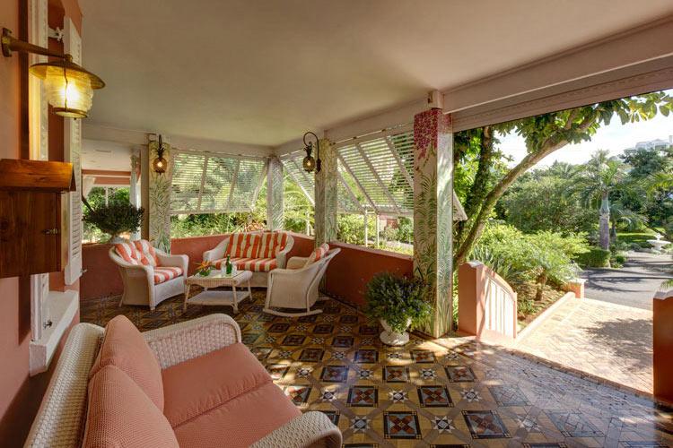 Porch - The Royal Palms - Pembroke