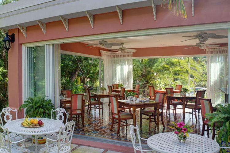 Breakfast-Room - The Royal Palms - Pembroke