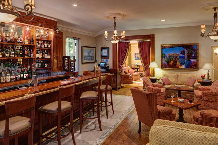Ascots-Bar - The Royal Palms - Pembroke