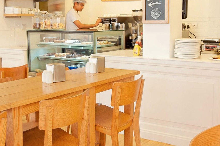 Amici Cafe - Bloomrooms Link Rd - Neu-Delhi