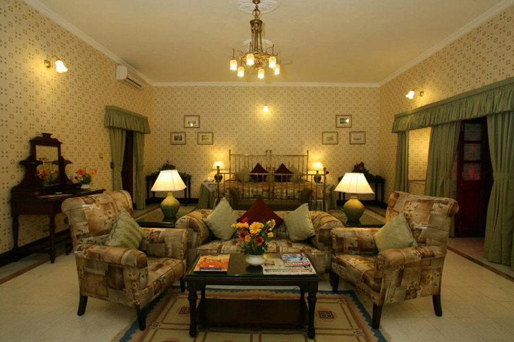 Deluxe Room - Gajner Palace Hotel - Bikaner