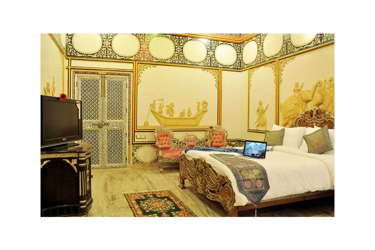 Palace Room - Chunda Palace - Udaipur