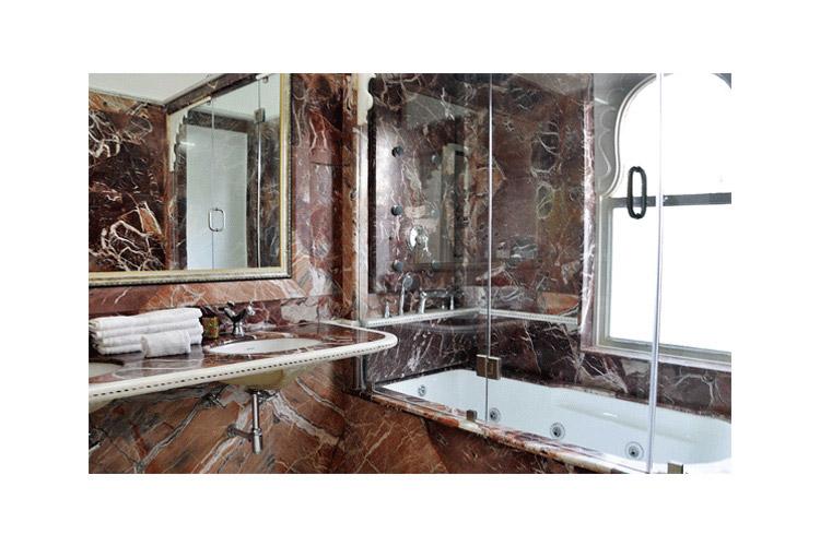 Bathroom - Chunda Palace - Udaipur