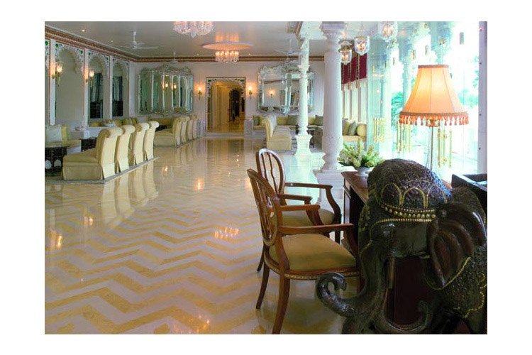 Lobby - Taj Lake Palace - Udaipur