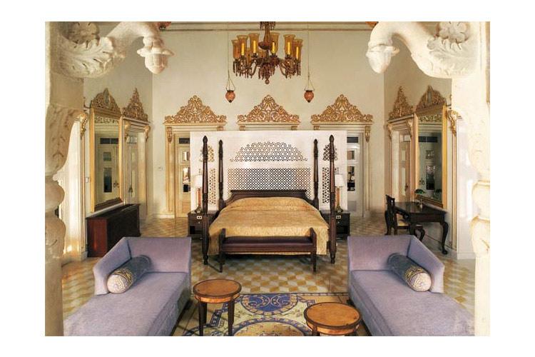 Chandraprakash Suite - Taj Lake Palace - Udaipur
