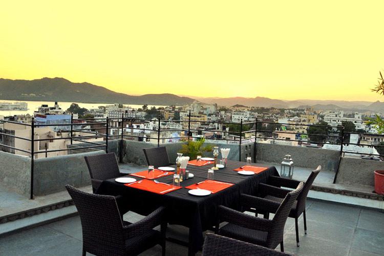 Top Terrace Restaurant - Madri Haveli - Udaipur