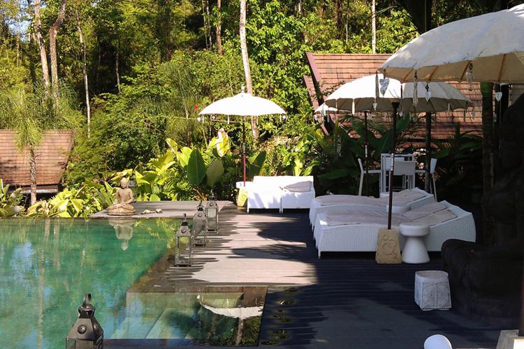 Solarium at the Clubhouse - Oxygen Jungle Villas - Uvita