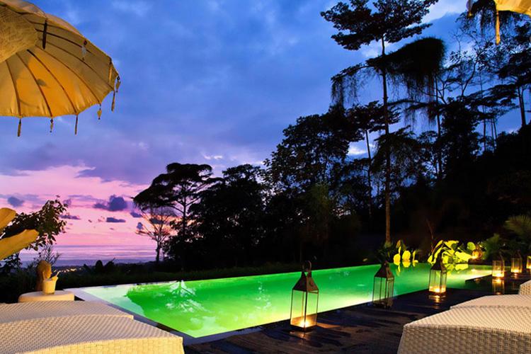 Swimming Pool at Night - Oxygen Jungle Villas - Uvita