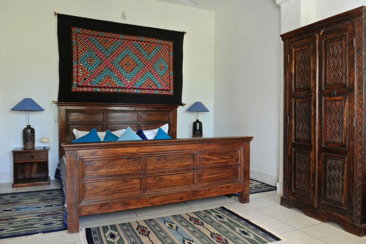 Lapisi Room - Savista Retreat - Jaipur