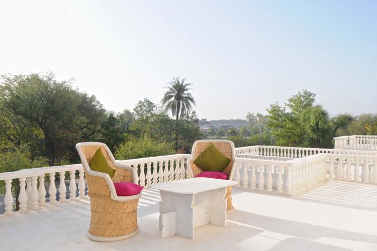 Rose Room - Savista Retreat - Jaipur