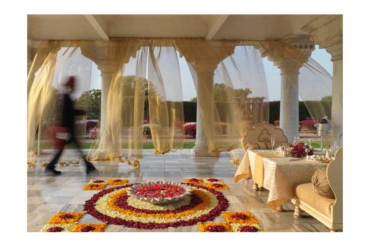 Palace Butler - Umaid Bhawan Palace - Jodhpur