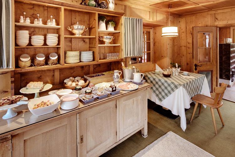 Breakfast Room - Berghotel Ladinia - Corvara in Badia