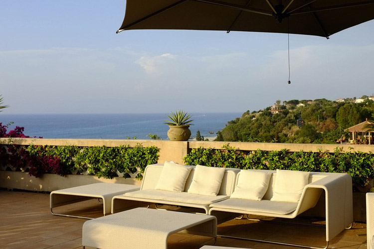Villa paola ein boutiquehotel in tropea for Design hotels kalabrien
