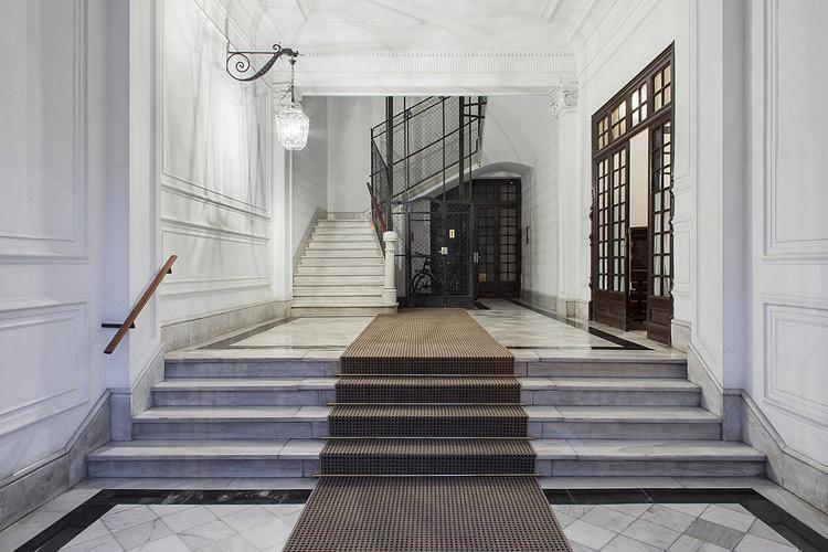 Building Hall - BacHome Gallery B&B - Barcelona
