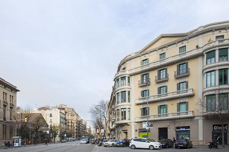 Facade - BacHome Gallery B&B - Barcelona