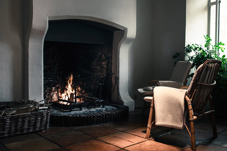 Fireplace - Albergo Diffuso Crispolti - Labro